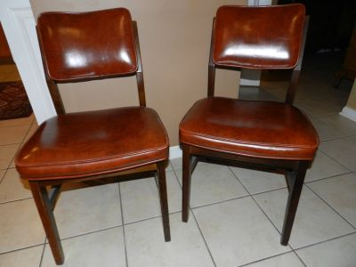 Set of two Vintage leather and wood chairs