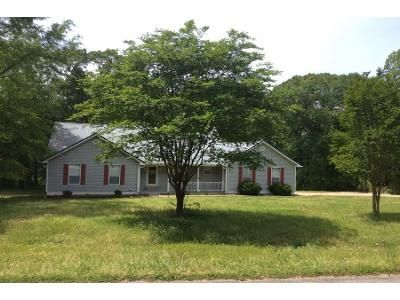 3 Bed 1 Bath Preforeclosure Property in Coker, AL 35452 - Mount Olive Rd