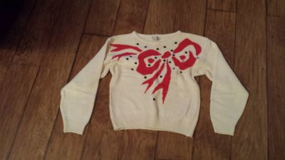 Sweater, Ivory with Red/Black Design, Size Small