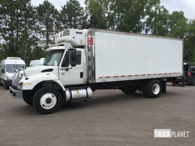 2006 International 7400 Refrigerated Truck