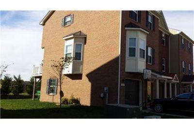 Move In 10/1! 3 Bedroom 2.5 Bath End Unit Townhome