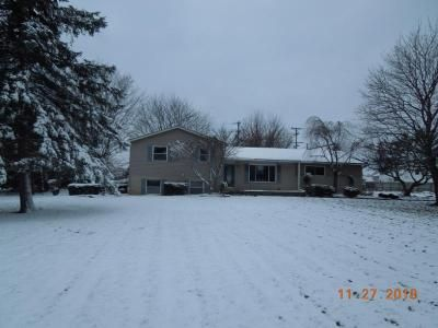 4 Bed 2 Bath Foreclosure Property in Howell, MI 48843 - Eager Pines Ct