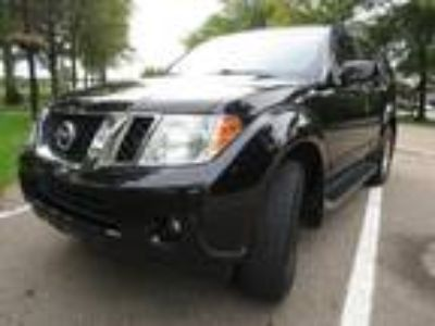 2011 Nissan Pathfinder SV Edition 4WD V6 4.0L 7 Passenger Rear Camera