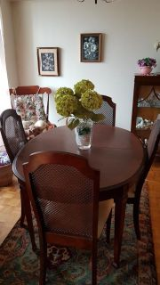 Dining room table and chairs set for 4