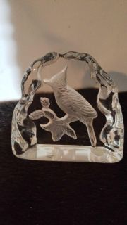 Crystal etched bird