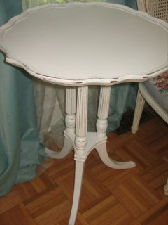 shabby chic vintage Pedestal table