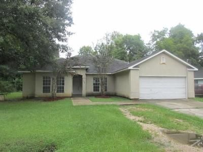 4 Bed 2 Bath Foreclosure Property in Covington, LA 70433 - N Lee Rd