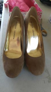 Chinese Laundry size 10 m high heel shoes