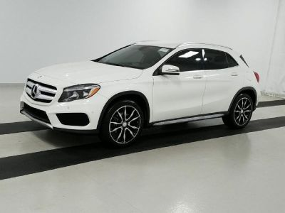 2015 MERCEDES BENZ GLA250 4WHEEL DRIVE / CLEAN TITLE / 36K MILES !!!!!!!!!