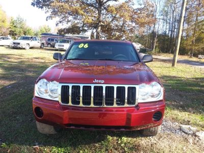2006 Jeep Grand Cherokee Laredo (Red)