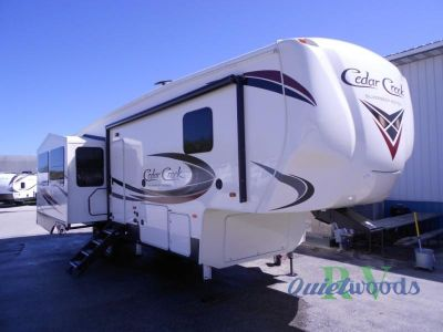 2019 Forest River Rv Cedar Creek Silverback 29RE
