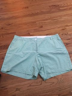 EUC CROWN AND IVY SHORTS SIZE 20W 5.00