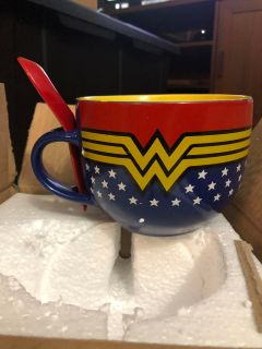 Wonder Woman Large Cereal/Soup Mug with Sooon