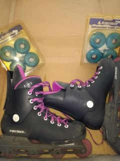 Rollerblades with extra Wheels