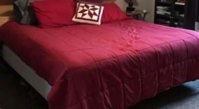 King Size bed, non-smoking home