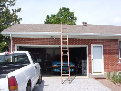 20' fiberglass ladder - rated 300 lbs.