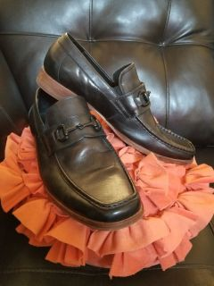 Kenneth Cole leather loafers size 10.5
