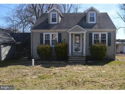 4 Bed 1 Bath Foreclosure Property in Williamstown, NJ 08094 - Grandview Ave