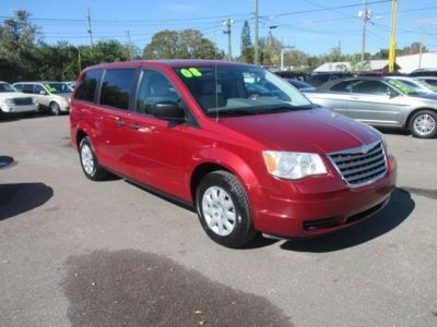 2008 Chrysler Town and Country LX 4dr Mini Van