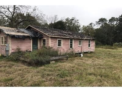 3 Bed 1.0 Bath Preforeclosure Property in Fitzgerald, GA 31750 - S Johnston Street Ext