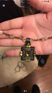Green gem necklace with beautiful pattern
