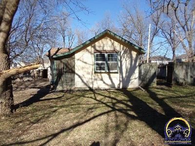 2 Bed 1 Bath Foreclosure Property in Lawrence, KS 66044 - Ward Ave