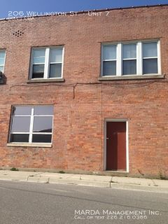 Commercial suite $575 plus/mo in Wallaceburg!