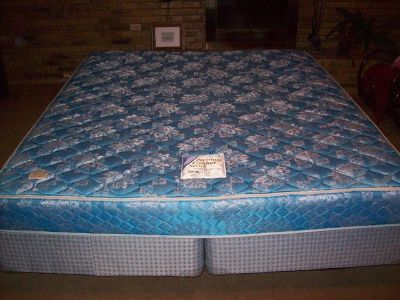 $90, KING SIZE BED  Sealy Premium Comfort Mattress, Box Springs and Metal Frame