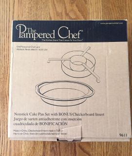 Pampered Chef Nonstick Cake Pan Set w/checkerboard Insert