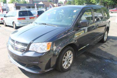 2014 Dodge Grand Caravan SXT (Gray)