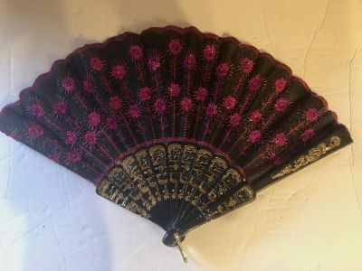 Very cute Japanese fan! Great Condition!