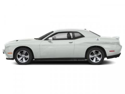 2019 Dodge Challenger SXT (White Knuckle Clearcoat)