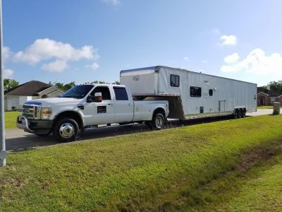 2005 Vintage Outlaw 48 Foot and 2008 Ford FX4