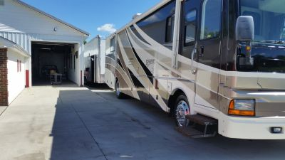 2003 FLEETWOOD DISCOVERY 38T