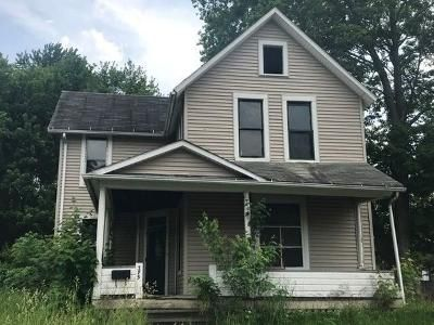 4 Bed 1 Bath Foreclosure Property in Galion, OH 44833 - Cherry St