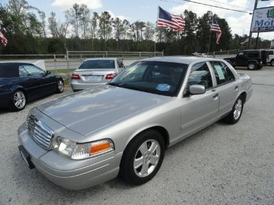 2011 Ford Crown Victoria LX (Silver Or Aluminum)