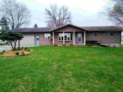 W9029 Mud Lake Rd Lowell, Quiet Setting! Four BR ranch