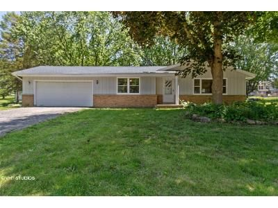 3 Bed 2 Bath Foreclosure Property in Juneau, WI 53039 - Arbor Dr