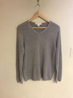 Chaus & Co Silver Long Sleeve Sweater - Size Medium