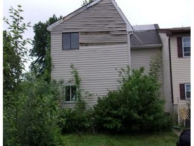 2 Bed 1 Bath Foreclosure Property in Sicklerville, NJ 08081 - Presidential Dr