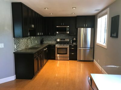 1br 1 ba- 800 sq ft - FURNISHED, ALL UTILITIES INCLUDED! Modern , beautiful, flat apartment