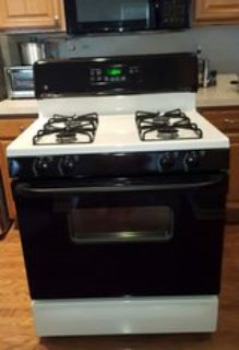 GE Gas Stove Black n White Very Clean Works Great