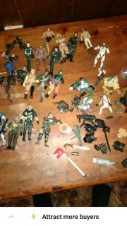 Action figures and army guys