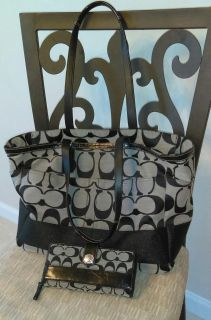 Coach set! Tote/diaper and wallet