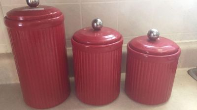 Target canisters