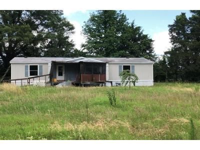 2 Bath Preforeclosure Property in Fouke, AR 71837 - Mc 10