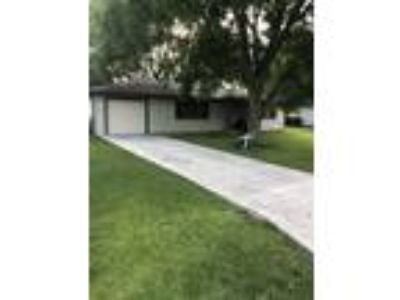 Awesome rental home in excellent community