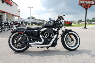 2011 Harley-Davidson SPORTSTER 1200 Forty-Eight Custom Bobber