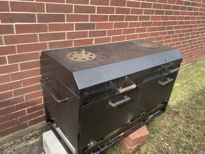 Pitts and Spitts 42 x 24 Charcoal Grill