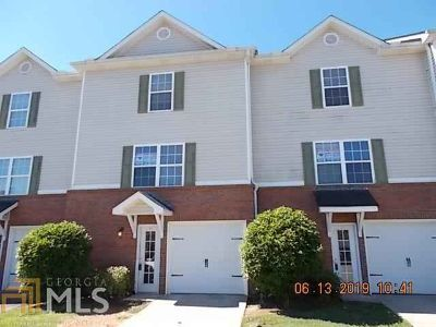 41 Middlebrook Dr CARTERSVILLE Three BR, Beautiful TownHome!